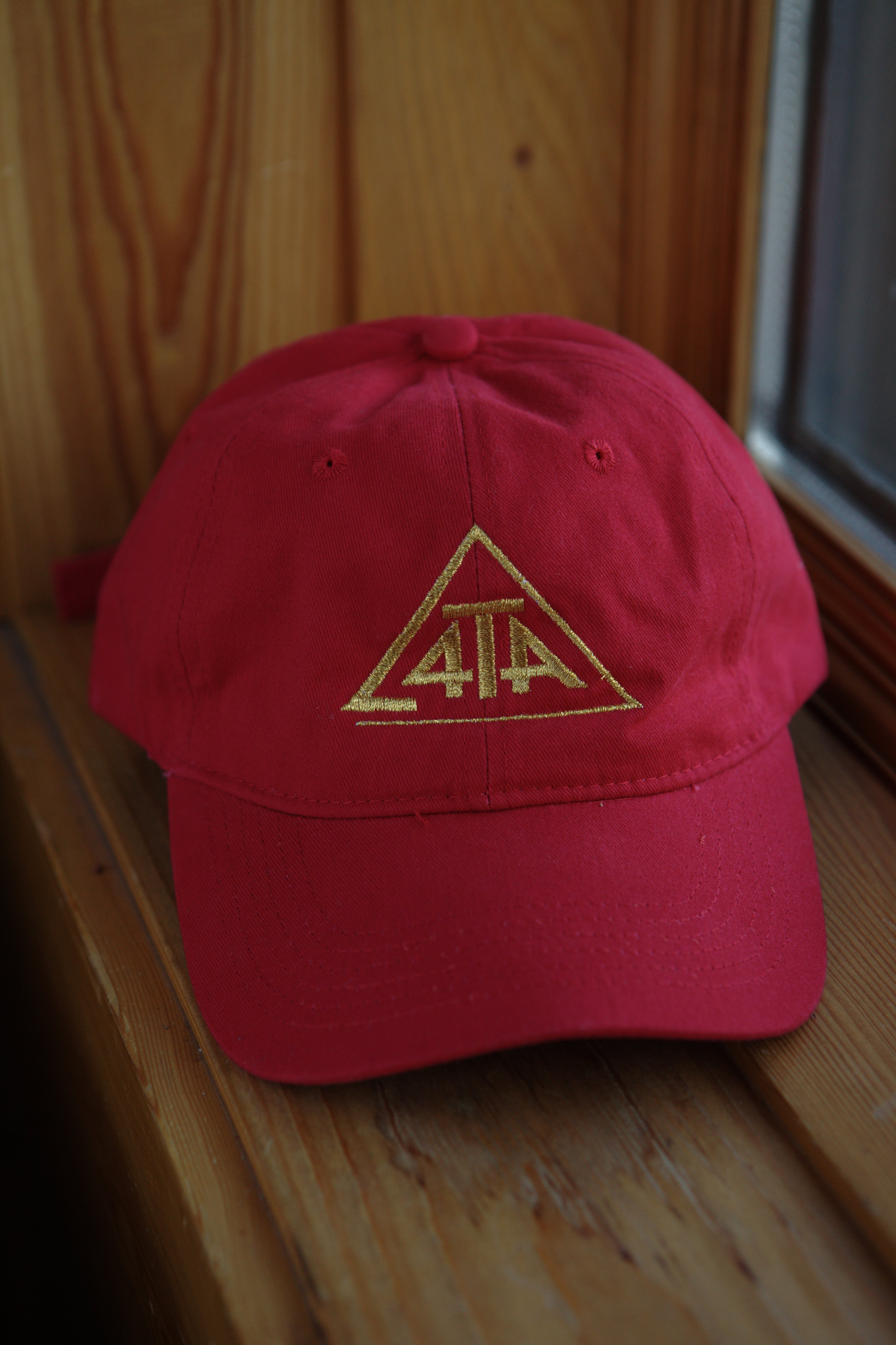 4theability red-gold hat